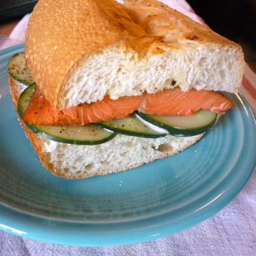 How to make a salmon sandwich