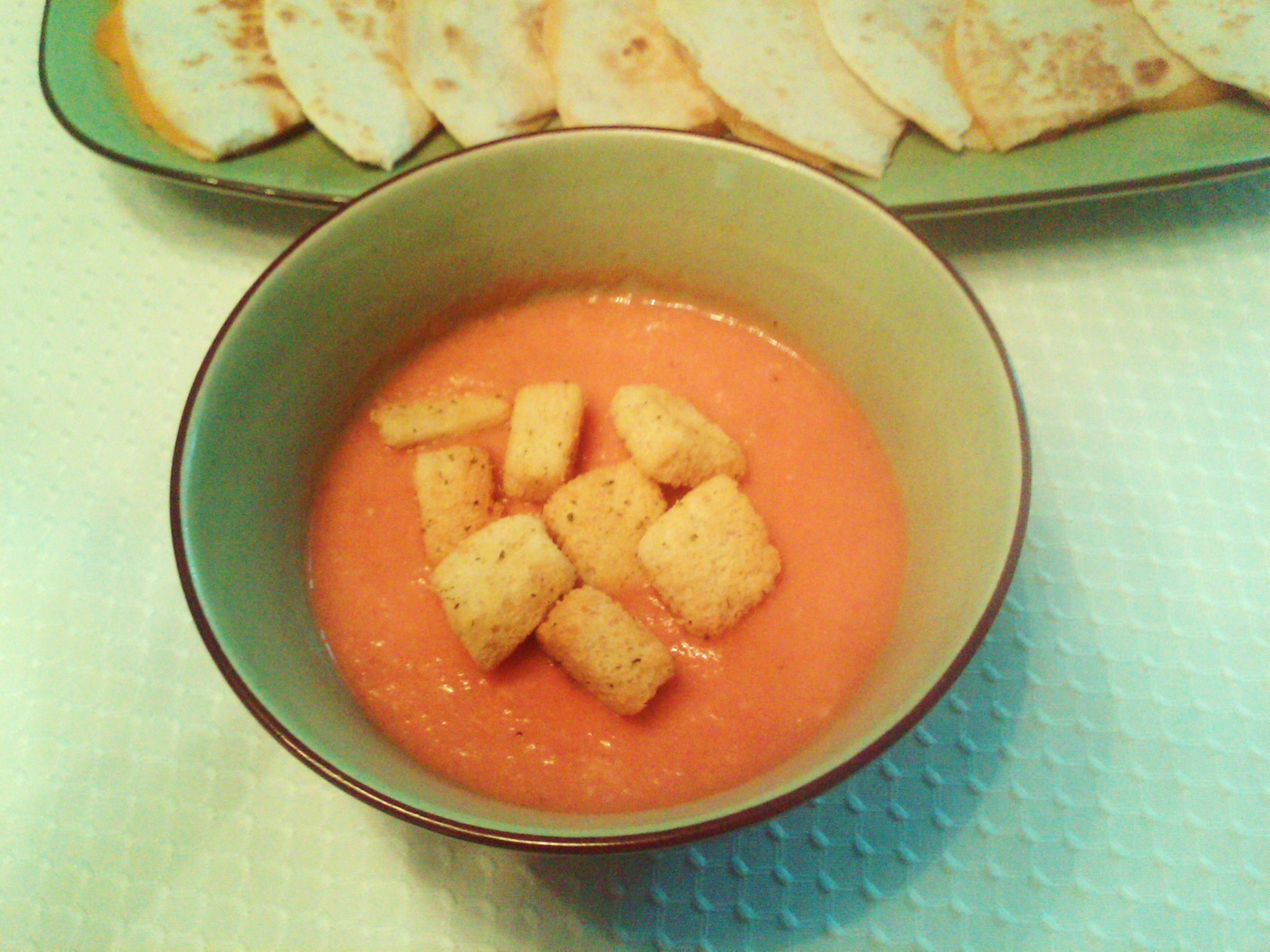 Easy Creamy Tomato Soup | Foodwhirl