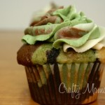 A clever idea for a Hunting or Army Man themed party: Camo Cupcakes
