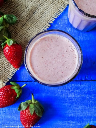 Strawberry smoothie-1