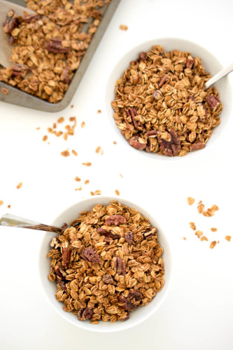 maple-pecan-granola