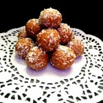5 Minutes Chickpea Oats Dessert Bites
