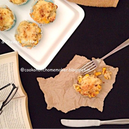 Mac n cheese muffins