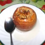 Healthy Fall Dessert: Baked apples with walnuts, honey and cinnamon.