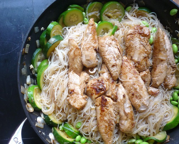 Asian Peanut Chicken with Noodles, Edamame, Zucchini