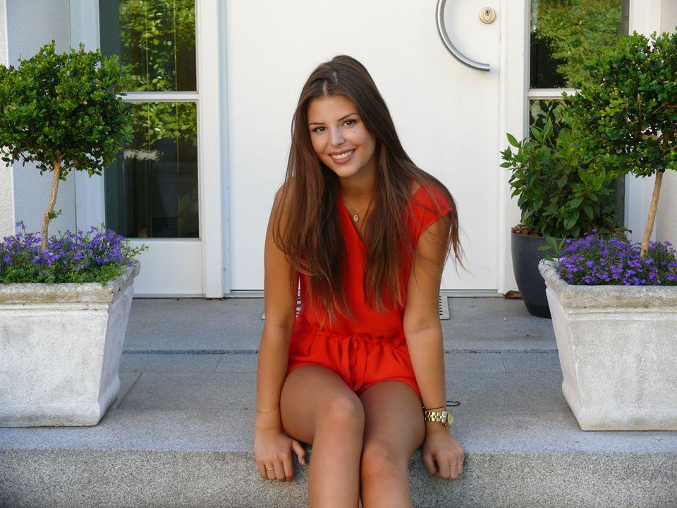 avatar for Louisa Rose